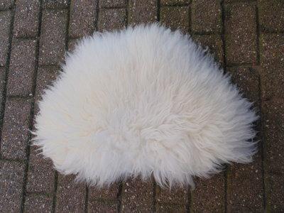 KV15P69, klein dik schapenvacht, 70x50cm, S