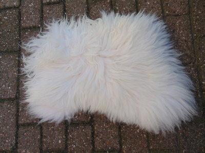 KV21P69, klein dik schapenvacht, 60x45cm, S