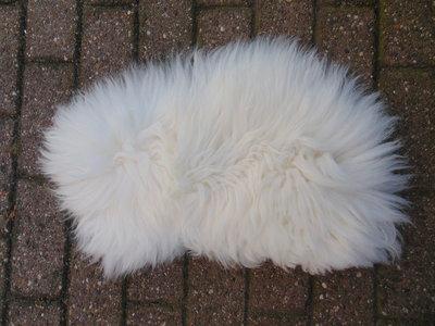 KV27P69, klein dik schapenvacht, 60x38cm, S