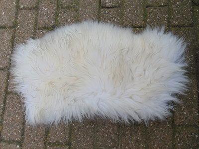 KV3P70, klein dik schapenvacht, 80x44cm, S
