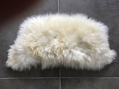 KV3P71, klein dik schapenvacht, 72x38cm, S