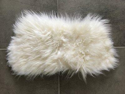 KV12P71, klein dik schapenvacht, 60x37cm, S