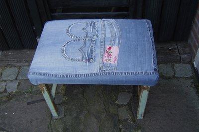 Pianokruk/ bankje, custom made, spijkerstof