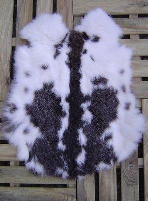 K13P52, konijnenvacht huid, 52x44cm, Size M