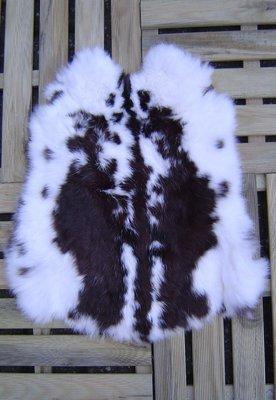K15P52, konijnenvacht huid, 52x47cm, Size M