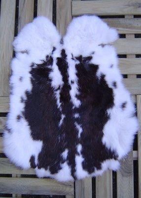 K16P52, konijnenvacht huid, 55x42cm, Size M