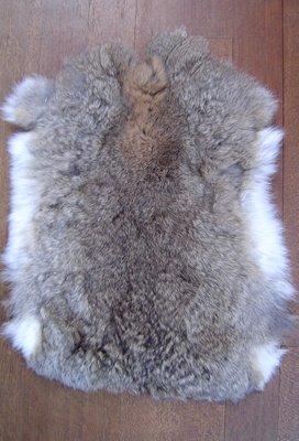 K1P52, konijnenvacht huid, 60x40cm, Size M