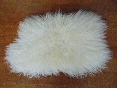 KV6AP68, klein dik schapenvacht, 55x38cm, S