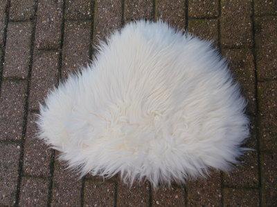 KV23P69, klein dik schapenvacht, 70x50cm, S
