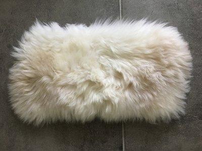 KV14P71, klein dik schapenvacht, 60x36cm, S